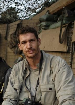 Documentarista que concorreu ao Oscar e fotógrafo morrem na Líbia